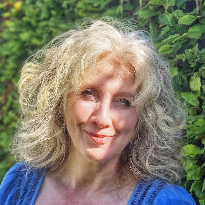 Headshot of Joanne Frame